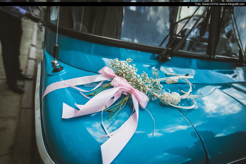 daniel-szysz-nyska---samochjód-do-ślubu