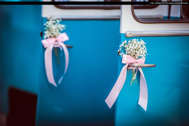 nyska-samochjód-do-ślubu-foto-daniel-szysz-dekoracje-slubne